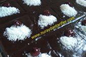 Bol Soslu Çikolatalı kek