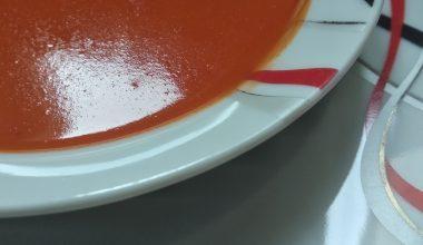 Ev Yapımı Domates Çorbası
